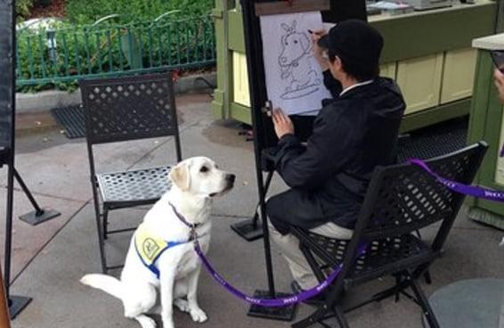 Um cãozinho em treinamento ganhou uma caricatura e foi fofo demais