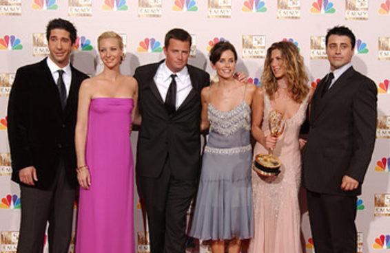 """A cocriadora de """"Friends"""" finalmente respondeu às críticas sobre a série ter apenas atores brancos"""