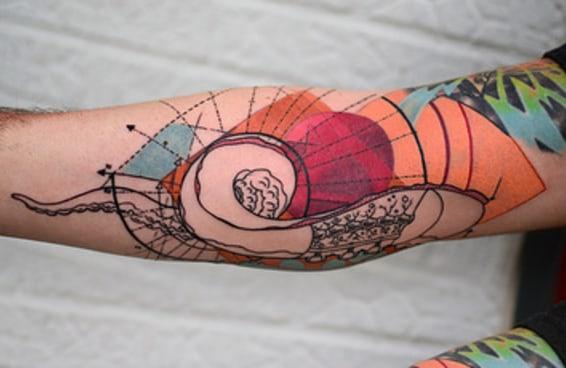 26 tatuagens lindas para pessoas que adoram ciência
