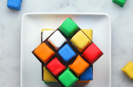 Bolo cubo mágico