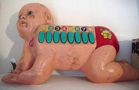 20 brinquedos tão bizarros que vão fazer você dar graças a Deus por não ser mais criança