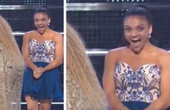 A cara que a ginasta Laurie Hernandez fez ao conhecer a Beyoncé no VMA é impagável