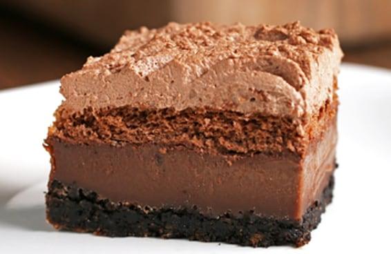 4 Camadas, 4 texturas, 1 bolo de chocolate