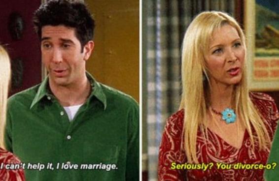 """17 vezes em que Phoebe sambou na cara de Ross em """"Friends"""""""