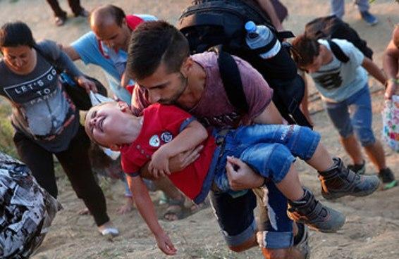 19 imagens que resumem a tragédia e o horror da crise de refugiados na Europa