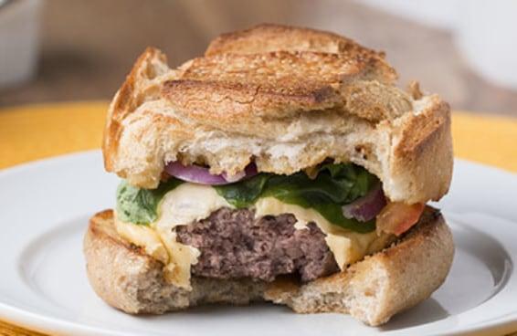 5 receitas para você preparar deliciosos hambúrgueres em casa