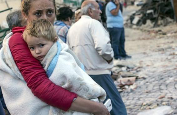 Terremoto na Itália deixa mais de 120 mortos