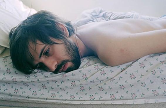 11 truques infalíveis para levantar essa bunda da cama