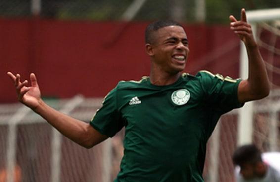 15 fatos sobre o craque do Palmeiras sub-17 que fez mais gols que Neymar