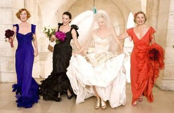 Avalie estes vestidos e diremos quantas madrinhas terá seu casamento