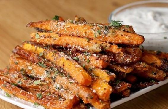 Estas fritas de cenouras são fáceis de fazer e muito crocantes