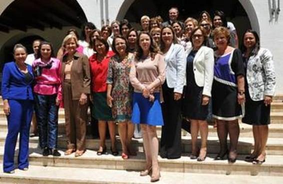 7 provas de que as mulheres ainda têm pouco espaço na política brasileira