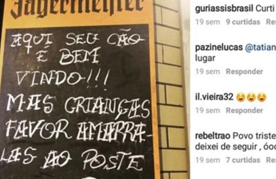 Esta placa contra crianças fez uma hamburgueria e uma mãe brigarem na internet