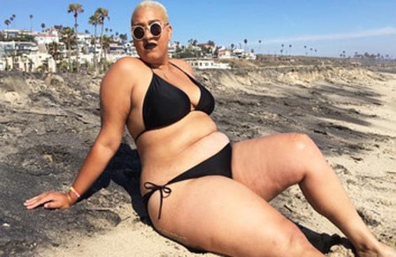 Esta mulher usou biquini na praia pela primeira vez e foi uma experiência e tanto