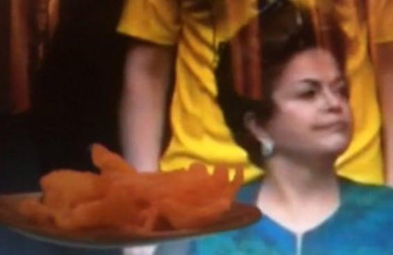 A Dilma não quer comer este salgadinho de jeito nenhum