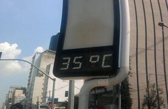 21 situações que todo incompreendido amante do calor já enfrentou
