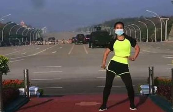 Sim, aquele vídeo de dança é mesmo em frente ao golpe de Estado em Mianmar