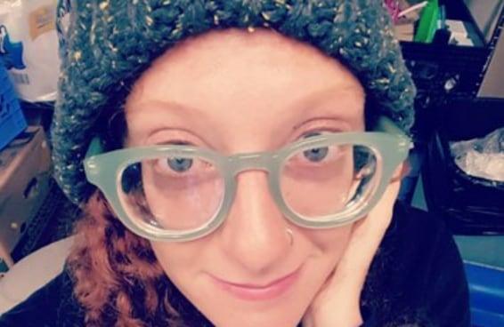 19 pessoas que provam que óculos são bem melhores do que lentes de contato