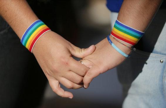 Razões ÓBVIAS pelas quais o projeto que tenta barrar LGBTs na publicidade não deve ser aprovado