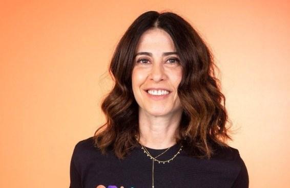 Fernanda Torres repensa e dá recado aos 'sommeliers de vacina'