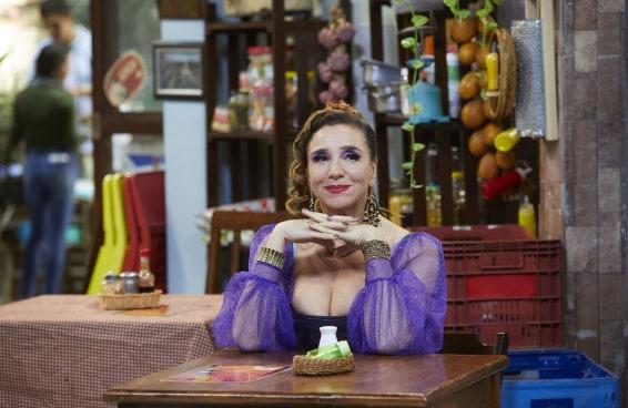 """Marisa Orth retorna ao humor e fala sobre haters: """"O Brasil não merece os artistas que tem"""""""