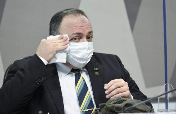 São muitas as contradições do ex-ministro Eduardo Pazuello na CPI da Covid