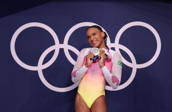 Os 10 atletas brasileiros olímpicos que mais bombam no Instagram
