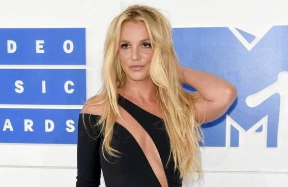 Britney Spears comemorou com uma dancinha a vitória sobre o pai na Justiça