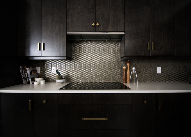 Uma bancada de cozinha