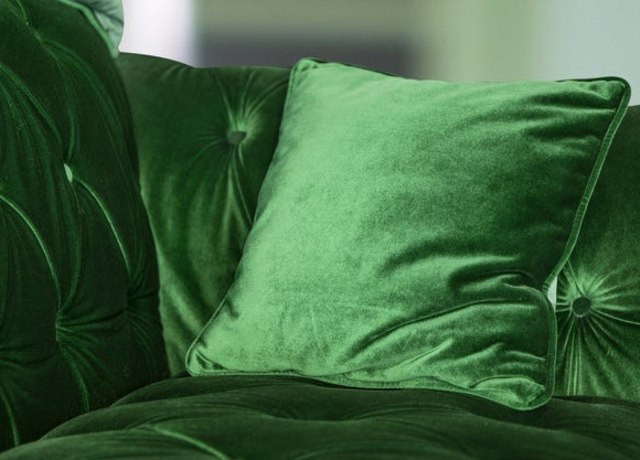 Estofado de veludo verde