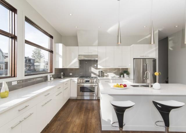 white wooden kitchen door