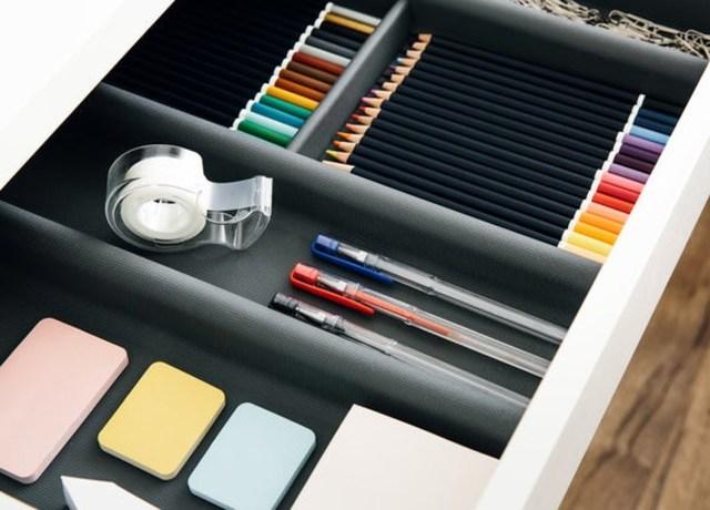 Kit de lápis e canetas