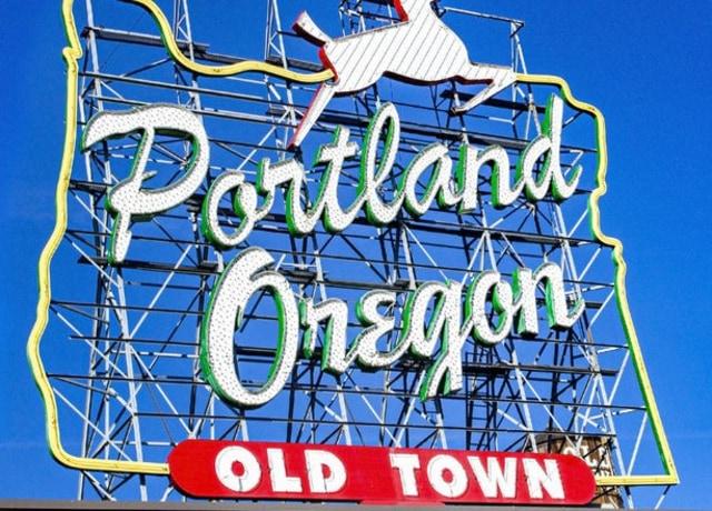 image of portland oregon neon sign