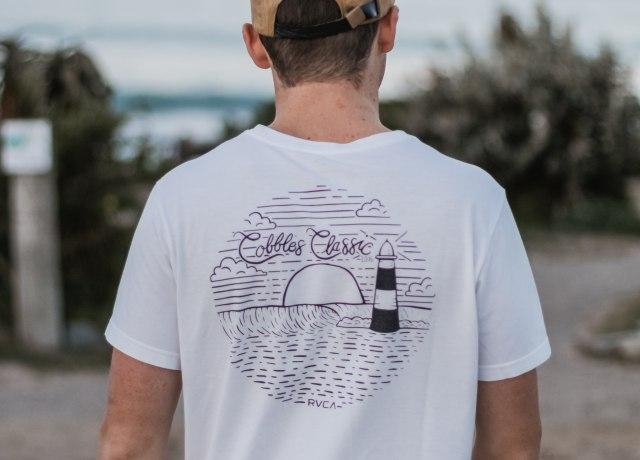 men's white crew-neck shirt