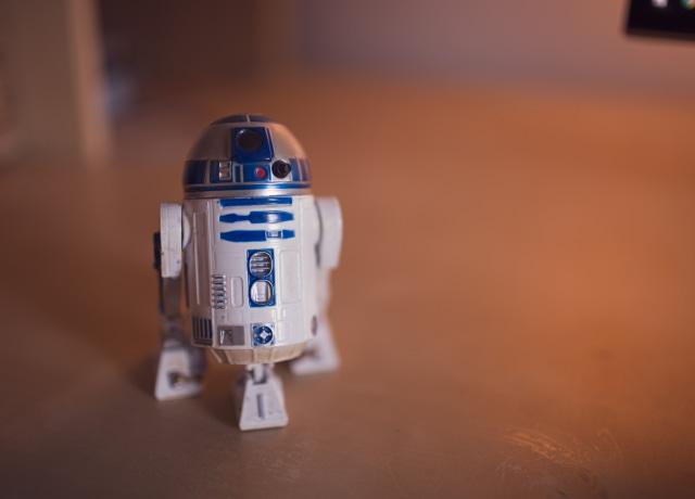 r 2 d 2 lego toy