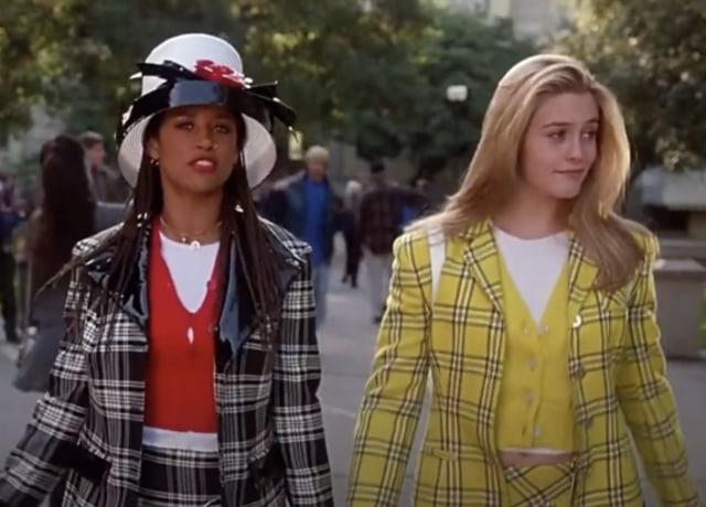 Dionne e Cher indo para a classe.