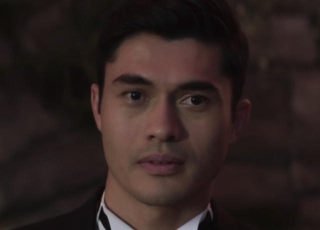 """Henry Golding in a suit in the """"Crazy Rich Asians"""" wedding scene"""