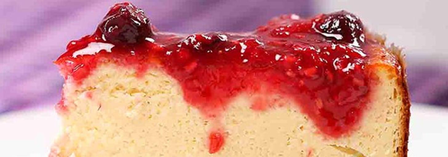 Aqui está uma receita de cheesecake de frutas vermelhas zero lactose