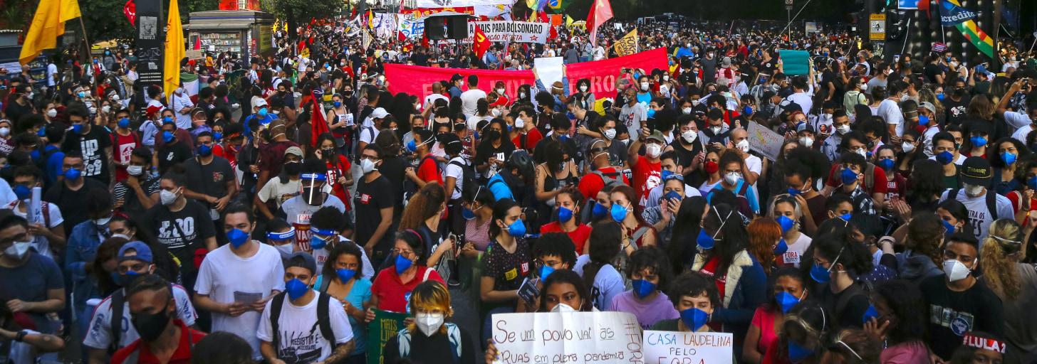 A manifestação deste sábado (19) deve ser maior - e os cuidados devem ser redobrados