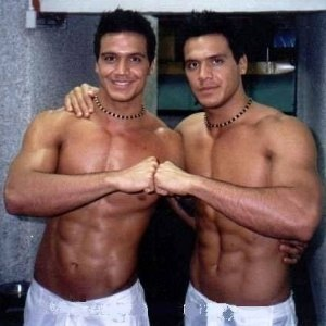 Gemeos do H (Flavio e Gustavo)