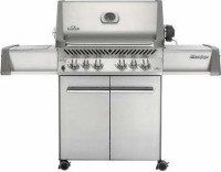 #1 rated in napoleon: Napoleon P500RSIBPSS Prestige Propane Grill with Rear and Side Infrared Burner, scored 88/100