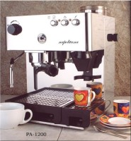 #2 rated in la pavoni: La Pavoni PA-1200 Napolitana Stainless Steel Automatic Espresso Machine, scored 77/100