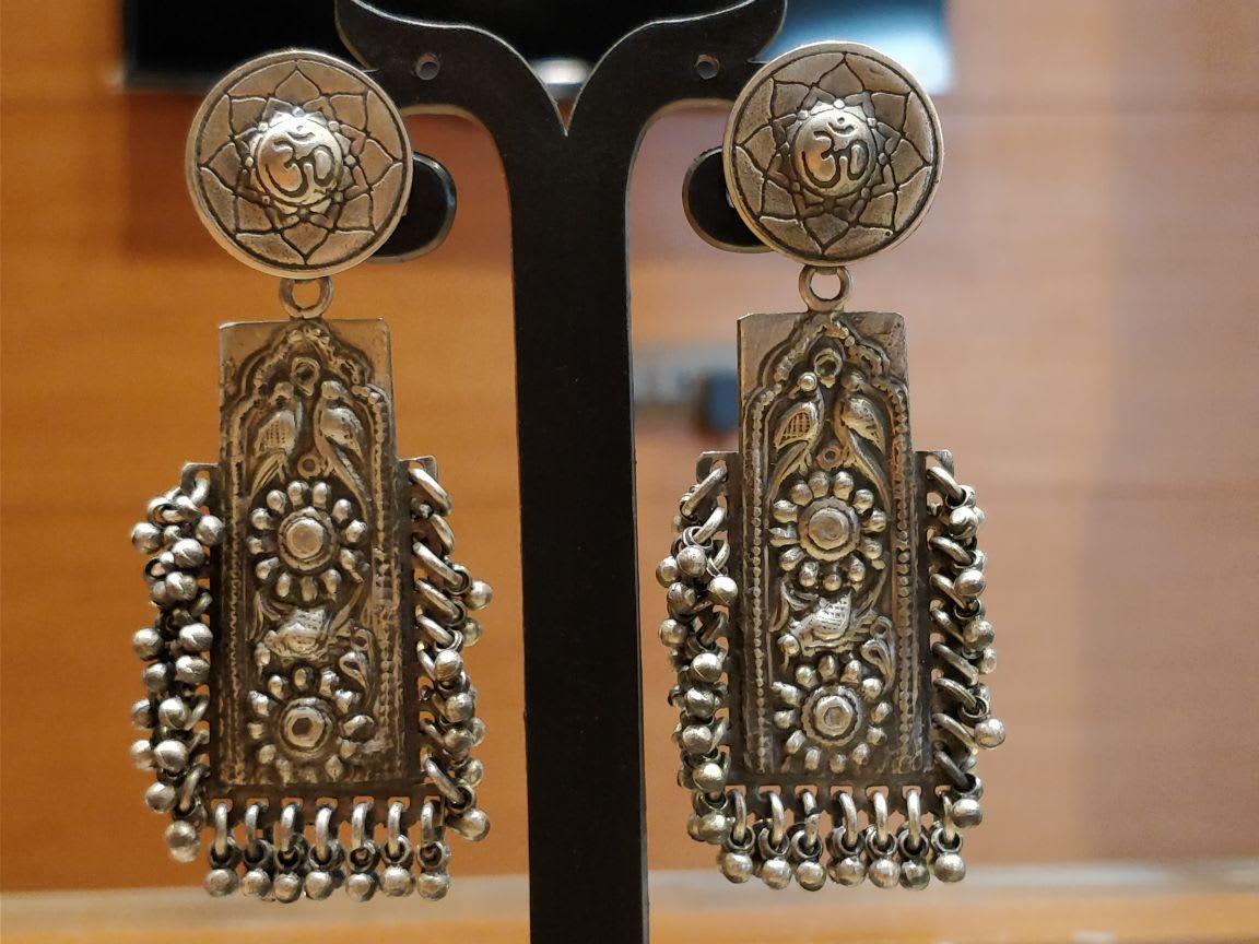 Motifs – Silver oxidised earrings
