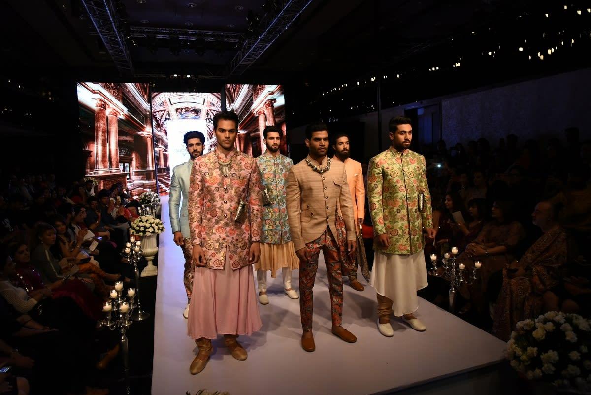 models-showcasing-designs-by-bharat-reshma-1