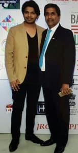 singer-ankit-tiwari-with-mr-p-k-ravi-chairman-prm-marketing-consultancy-wll-bahrain