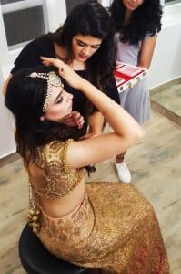 meha-bhargava-giving-makeup-tips
