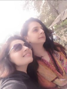 krishna-gokani-with-mother-1
