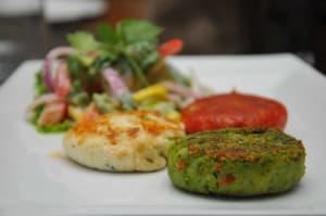 tiranga-veg-platter