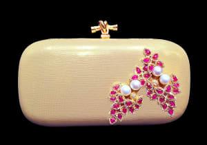 jeweled-clutch-with-detachable-earrings_minawala