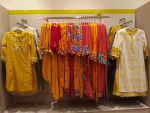 new-collection-at-rangriti-store-ranchi-1